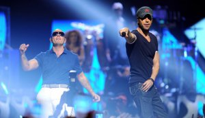 Enrique+Iglesias+Pitbull2014Tour
