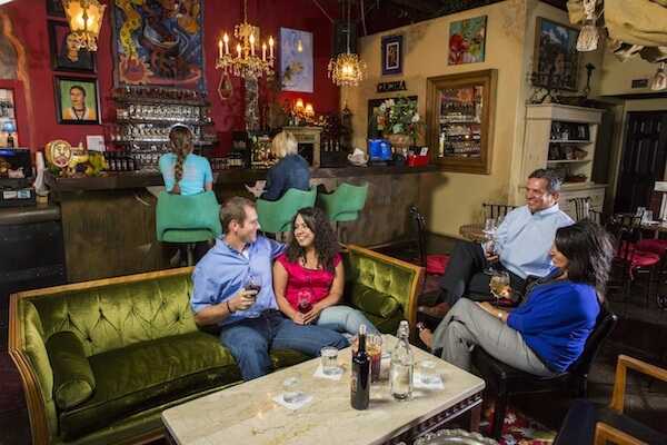 couples_with_bar_in_background2