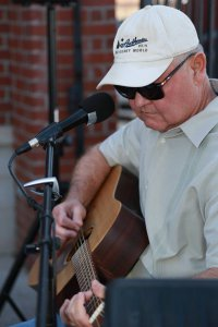 Jere Lowe @ The Wine Nest @ The Wine Nest | Lubbock | Texas | United States