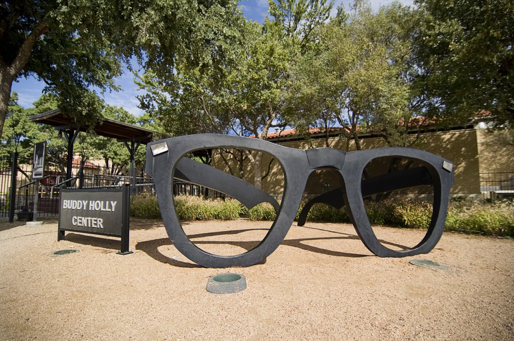 2-buddy-holly