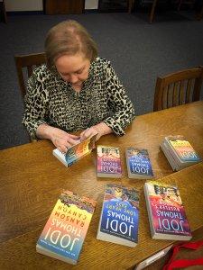 National Best-Selling Author Jodi Thomas @ Barnes & Noble | Lubbock | Texas | United States