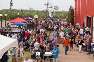 Lubbock Uncorked @ American Windmill Museum