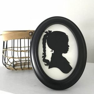 Renowned Silhouette Artist Karl Johnson @ Bliss Baby